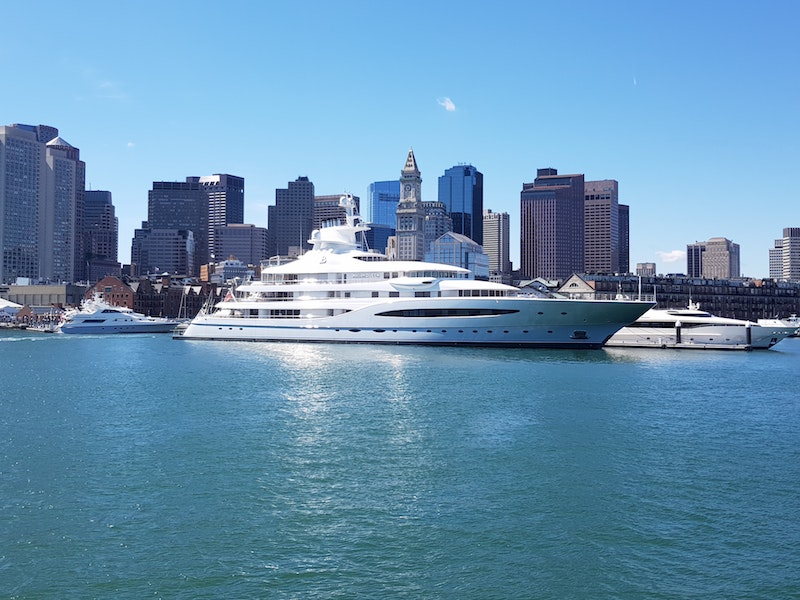 Charter Yachts & Flights