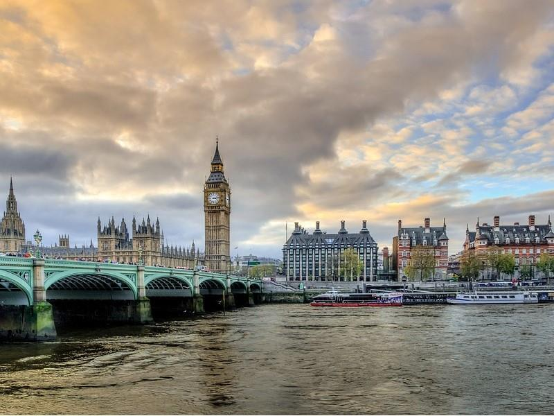 The Spirit of London – Full Day Tour with Free Lunch Pack