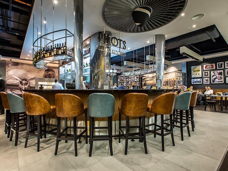 Pilots Bar and Kitchen