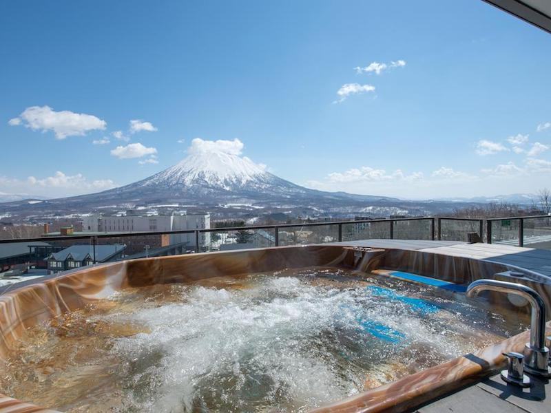 Ski Japan – Niseko Penthouse Suite