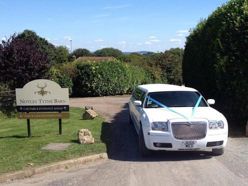 Herts Limos - Limousines in London