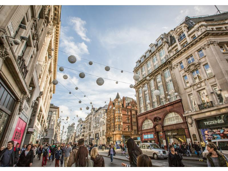 Department Stores & Shopping Streets (Central London)